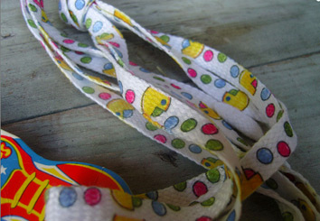 Pac-man shoelaces (photo credit: TheMixMatchedMutt)