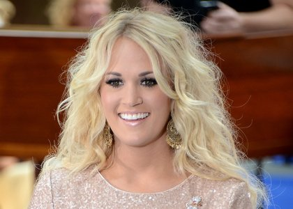Country singer Carrie Underwood loves big hair too