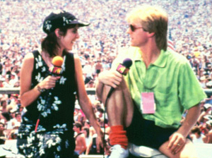 MTV VJ, Alan Hunter (pictured with fellow VJ Martha Quinn), sporting slouched socks