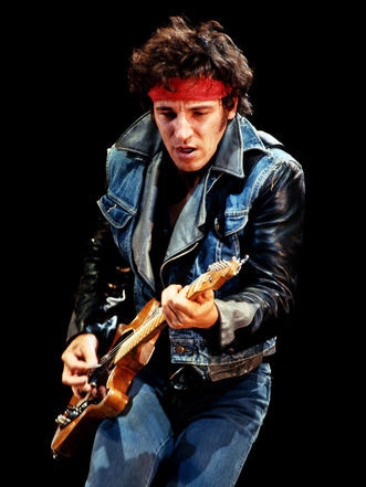bruce springsteen born in the usa перевод