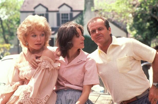 Garrett Breedlove (Jack Nicholson), Emma, & Aurora