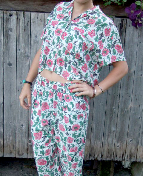 Forenza flowery crop top with matching pants