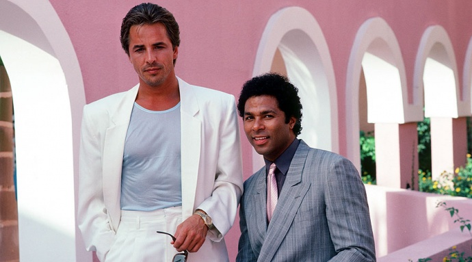 Sonny Crockett (Don Johnson) and Rico Tubbs (Philip Michael Thomas)