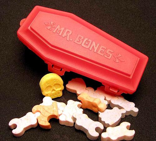 80s Halloween Candy: Mr. Bones