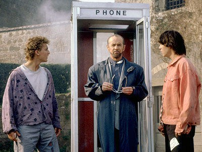 Rufus meets up with Bill and Ted
