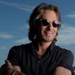 Rick Springfield To Host A 2018 '80s Cruise
