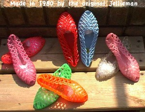 vintage-80s-jelly-shoes